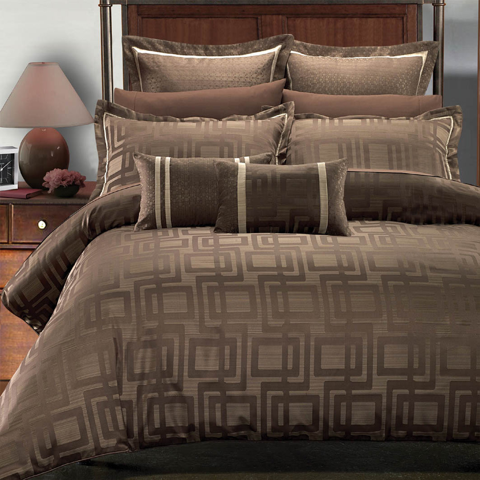 Egyptian Linens 187-2529 Charcoal Brown and Beige Janet Multi - Piece Bedding Set by Royal Hotel Collections