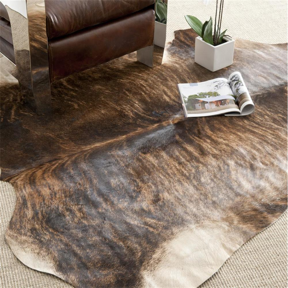 Safavieh COH211C-5 Cow Hide Area Rug in Black / Brown