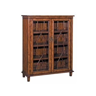 Steinworld 58648 Hanover Chippendale Cabinet 2 Door Oak Finish